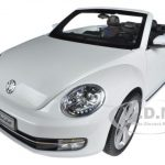 Volkswagen New Beetle Convertible Oryx White 1/18 Diecast Car Model by Kyosho