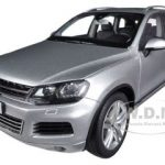 2010 Volkswagen Touareg V6 FSI Cool Silver Metallic 1/18 Diecast Car Model by Kyosho