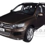 2010 Volkswagen Touareg V6 FSI Graciosa Brown Metallic 1/18 Diecast Car Model by Kyosho