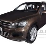 2010 Volkswagen Touareg V6 TSI Graciosa Brown Metallic 1/18 Diecast Car Model by Kyosho
