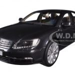 Volkswagen Phaeton Mazzepa Grey 1/18 Diecast Model Car by Kyosho