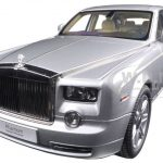 Rolls Royce Phantom Extended Wheelbase Silver 1/18 Diecast Car Model by Kyosho