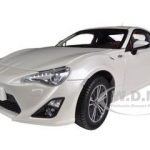 2013 Toyota 86 GT Left Hand Drive Satin White Pearl 1/18 Diecast Model Car by Century Dragon