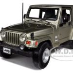 Jeep Wrangler Sahara Khaki 1/18 Diecast Car Model by Bburago