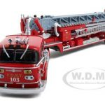 FDNY Ladder 103 American LaFrance TDA ALF 900 Diecast Model 1/64 1 of 4000 Produced by Code3