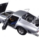 1962 Ferrari 250 GTO Silver 1/18 Diecast Model Car by CMC