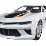 2016 Chevrolet Camaro SS 50th Anniversary Edition Indy 500 Pace Car 100th Running of the Indianapolis Pace Car Collection 1/24 Diecast Model Car by Greenlight