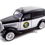 1935 Ford Sedan Delivery Kentucky Police 1/24 Diecast Car by Unique Replicas