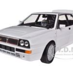 Lancia Delta HF Integrale Evo 2 White 1/24 Diecast Car Model by Bburago
