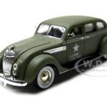 1936 Chrysler Airflow Army Green 1/32 Diecast Model Car by Signatrure Models