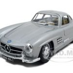 1954 Mercedes 300 SL Gullwing Silver 1/24 Diecast Model Car by Bburago