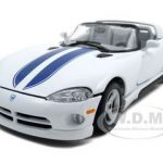 Dodge Viper RT/10 White 1/24 Diecast Model Car by Bburago