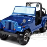 Jeep Wrangler Blue 1/24 Diecast Model Car by Bburago
