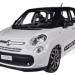 Fiat 500L White 1/24 Diecast Car Model by Bburago