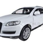 Audi Q7 White 1/24 Diecast Car Model by Welly