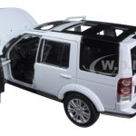 Land Rover Discovery 4 White 1/24 Diecast Model Car by Welly