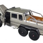 Mercedes G 63 AMG 6X6 Gold 1/24 Diecast Model Car by Welly