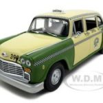 1981 Chicago Checker Cab Taxi A11 Green 1/18 Diecast Model Car by Sunstar