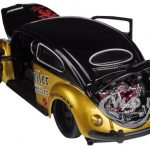 Volkswagen Beetle All Stars Gold / Black 1/24 Diecast Model Car by Maisto