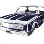 1960 Ford Starliner Purple Outlaws 1/26 Diecast Model Car by Maisto