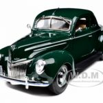 1939 Ford Deluxe Tudor Green 1/18 Diecast Model Car by Maisto
