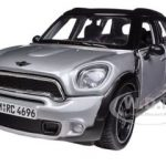 Mini Cooper 4dr Countryman Silver 1/24 Diecast Model Car by Maisto
