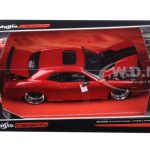 2008 Dodge Challenger SRT8 Red Classic Muscle 1/24 Diecast Model Car by Maisto
