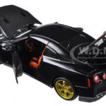 2009 Nissan GT-R Black Custom 1/24 Diecast Model Car by Maisto