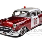1955 Buick Century Bakersfield Fire Department Car 1/26 Diecast Model Car by Maisto