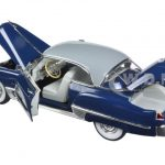 1949 Cadillac Series 62 Sedan Dark Blue 1/32 Diecast Model Car by Signature Models