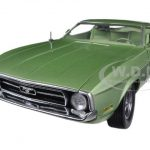 1971 Ford Mustang Sportsroof Medium Green 1/18 Diecast Car Model by Sunstar