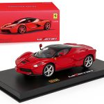 Ferrari Laferrari Red Signature Series 1/43 Diecast Model Car by Bburago