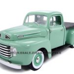 1948 Ford F1 Pickup Green 1/18 Diecast Model Car by Road Signature