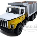 International S Series Dump Truck 1/25 Diecast Model by First Gear