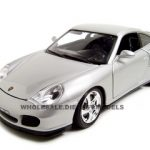 Porsche 911 Turbo Silver 1/18 Diecast Model Car by Bburago