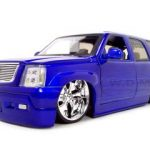Cadillac Escalade Diecast Model Blue 1/18 Diecast Model Car by Jada