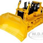 Komatsu D475A-5EO Dozer with Ripper 1/50 Diecast Model by First Gear