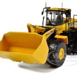 Komatsu WA500-6 Wheel Loader 1/50 Diecast Model by First Gear