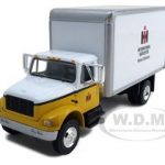 International Harvester Dry Van Delivery Truck 1/54 Diecast Model by First Gear