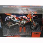 2014 Red Bull KTM 350 SX-F Antonio Cairoli #222 Dirt Motorcycle Model 1/12 by Automaxx