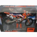 2014 Red Bull KTM 250 SX-F Marvin Musquin #25 Dirt Motorcycle Model by Automaxx