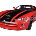 2003 Dodge Viper SRT-10 Red #8 GT Racing 1/24 Diecast Car Model by Motormax