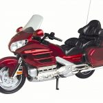 Honda Goldwing Red Bike Motorcycle 1/6 Diecast Model by Motormax