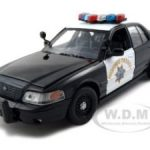 2010 Ford Crown Victoria California  Highway Patrol CHP Black & White 1/24 Diecast Model Car by Motormax