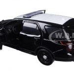 2015 Ford Interceptor Police Utility California Highway Patrol (CHP) Black/White 1/24 Diecast Model Car by Motormax