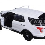 2015 Ford Police Interceptor Utility Car Slick Top White 1/24 Diecast Model Car by Motormax