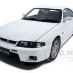Nissan Skyline GT-R (R33) V-Spec White 1/18 Diecast Model Car by Autoart