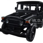 Toyota FJ40 Matt Black 1/24 Diecast Model Car by Motormax