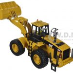 CAT Caterpillar 980G Wheel Loader with Operator 1/50 Diecast Model by Diecast Masters