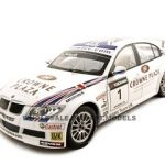 BMW 320Si  Andy Priaulx #1 1/18 Diecast Car Model by Guiloy